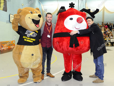 Danny Miller and Ian Puleston Davis with mascots