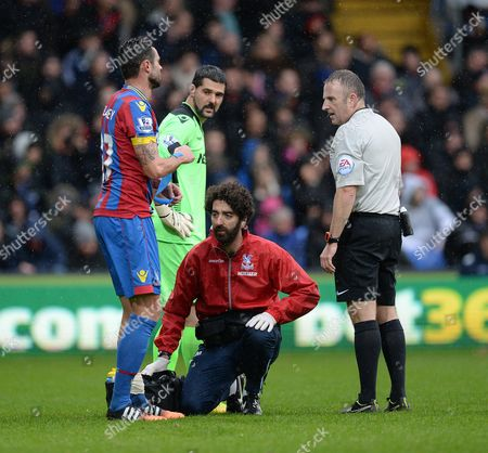 Crystal Palace's Andy Johnson goes off with an injury