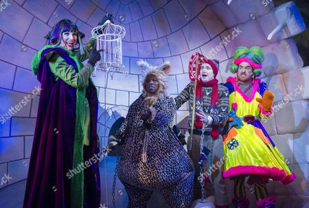 Tiffany Graves as Queen Rat, Delroy Atkinson as Cat, Andy Rush as Dick, Stewart Wright as Baps