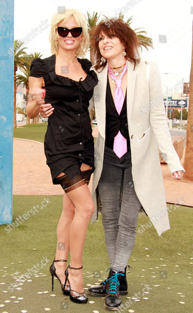Pamela Anderson and Chrissie Hynde