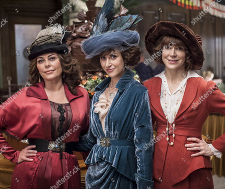 Polly Walker as Delphine Day, Frances O'Connor as Rose and Katherine Kelly as Lady Mae.