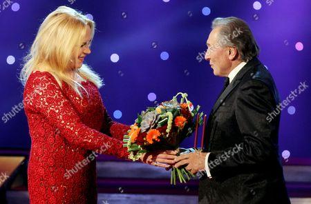 Dagmar Havlova congratulates Karel Gott