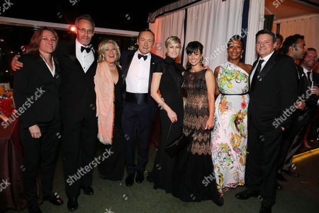 Cindy Holland, Michel Gill, Jayne Atkinson, Kevin Spacey, Robin Wright, Constance Zimmer, Nicole Avant, Ted Sarandos