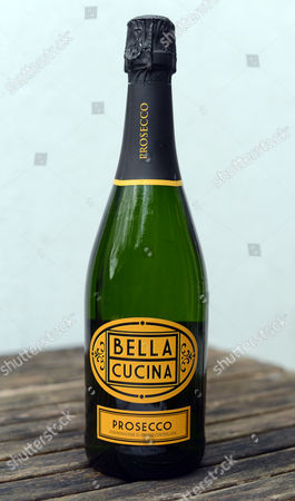 Stock Image of Bella Cucina Prosecco From Tesco Rose Prince - Prosecco Tasting.