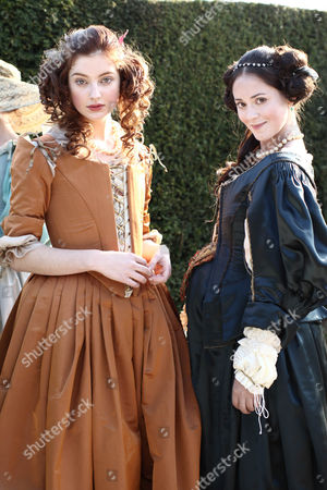 Antonia Clarke as Frances Stewart and Susannah Fielding as Lady Castlemaine
