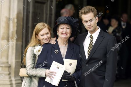 Editorial picture of THORA HIRD MEMORIAL, WESTMINSTER ABBEY, LONDON, BRITAIN - 15 SEP 2003