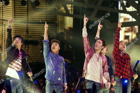 Stock Photo of Midnight Red - Anthony Ladao, Colton Rudloff, Eric Secharia, Thomas Augusto and Joey Diggs Jr.