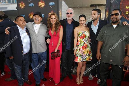 Danny Trejo, Kate del Castillo, Ron Perlman, Ana de la Reguera, Diego Luna, Ice Cube, Ricardo Sanchez