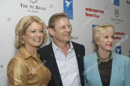 Host Mary Hart, Michael York and wife Patricia McCallum