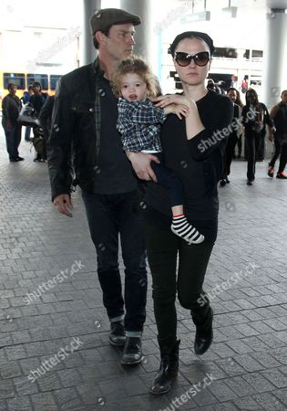 Editorial photo of Anna Paquin and Stephen Moyer at LAX airport, Los Angeles, America - 18 Dec 2014
