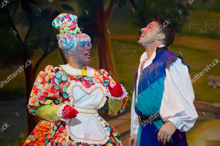 Gary Wilmot (Dame Trot) and Duncan James (Jack)