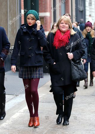 Editorial image of Taylor Swift out and about, New York, America - 22 Dec 2014