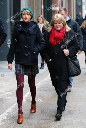 Editorial picture of Taylor Swift out and about, New York, America - 22 Dec 2014