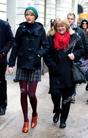 Editorial photo of Taylor Swift out and about, New York, America - 22 Dec 2014