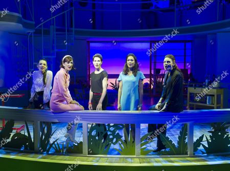 Seline Hizli as Marisa, Haydn Gwynne as Lucia, Tamsin Grieg as Pepa Marco, Anna Skellern as Candela, Willemijn Verkaik as Paulina