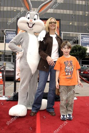 Bugs Bunny, Lisa Kudrow and son Julian Stern