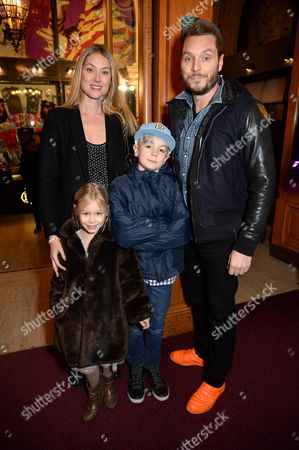Heidi Wichlinski and Seb Bishop with children