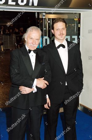 Editorial photo of 'MASTER AND COMMANDER - THE FAR SIDE OF THE WORLD' FILM PREMIERE IN LONDON, BRITAIN - 17 NOV 2003