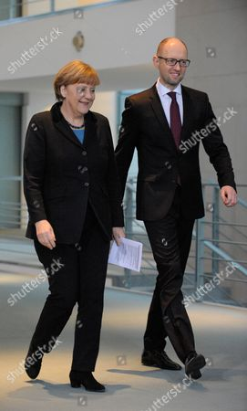 Stock Image of German Chancellor Angela Merkel meets Ukrainian Prime Minister Arsenij Jaceniuk