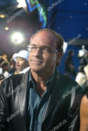 Director Chuck Russell