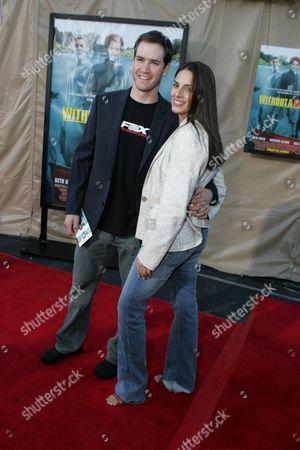 Mark-Paul Gosselaar and Lisa Ann Russell