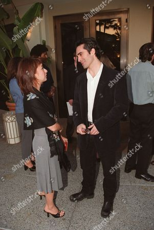 20000608 Hollywood, CA Elizabeth Pena and Nestor Carbonell at the series premiere of Showtime's Resurrection Blvd.  at Paramount Studio. Photo®Ryan Miller/Berliner Studio/BEI   A005727-9