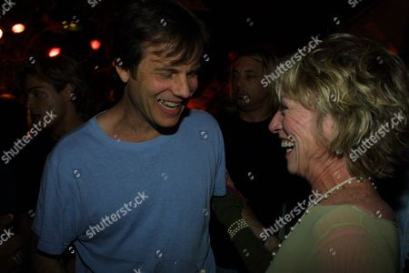 Bill Paxton and Veronica Cartwright