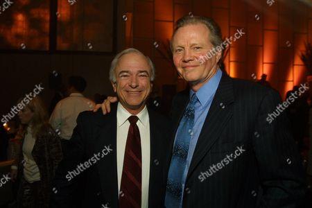 Mel Harris &  Jon Voight