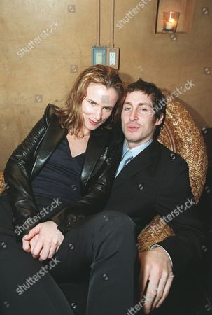 """8/29/00 Hollywood, CA Juliette Lewis and husband Steve Berra  at the Los Angeles Premiere of Artisan Entertainment's  """"The Way Of The Gun""""  at the Egyptian Theatre in Hollywood, CA. Photo®Eric Charbonneau/Berliner Studio /BEI A008404_3"""