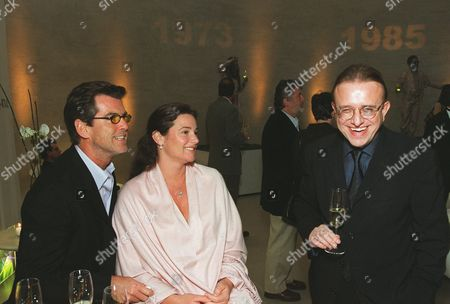 20001101    Los Angeles, CA Pierce Brosnan, Keely Shaye Smith, and Richard Geoffroy (Chef de Cave) at an exclusive tasting for Dom Perignon launching Oenotheque.   The House of Dom Perignon released two classic vintages in limited quantity for the  first time in history.  A011261-27  Photo®Steve Wrubel/Berliner Studio/BEI