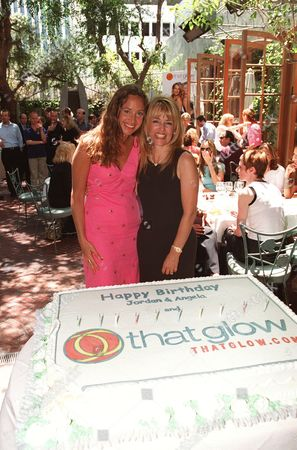 """20000607    Beverly Hills, CA Angela Janklow and Jordan Davis at the """"baby shower"""" to launch Thatglow.com, the new pregnancy celebrity website founded by Jordan Davis and Angela Janklow Harrington at Spago's. Photo®Eric Charbonneau/BEI   A005648-25"""