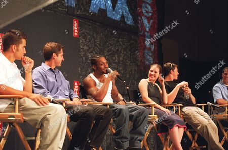 6/7/00  Los Angeles, CA  Levi's¿ Presents D'Angelo  D'Angleo and Columbine High School student Devon Adams (second from right) team up in a press conference at L.A.'s Hamilton high School to kick-off a national initiative to end gun violence as  part of the Levi's¿ Presents D'Angelo summer tour. For further caption or photo content information, please call Jared Dougherty at 212 448 4238 Photo ® Alex Berliner/BEI