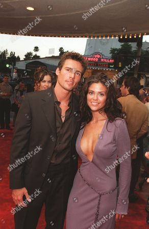 20000717 Ethan Erickson and Susan Ward at the Warner Bros' premiere of The In Crowd. Photo®Eric Charbonneau/BEI     A006934-10