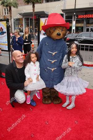 Stephen Belafonte with his daughters Madison Brown Belafonte, Angel Iris Belafonte and Paddington