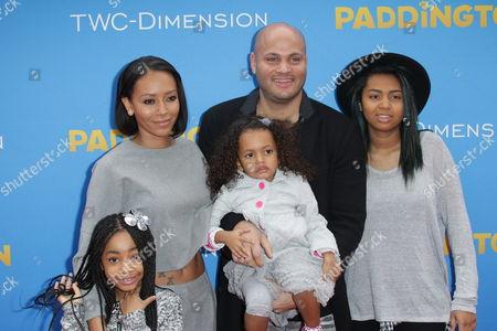 Melanie Brown and Stephen Belafonte with daughters Angel Iris Belafonte, Madison Brown Belafonte, Phoenix Chi Gulzar
