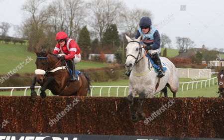 TONVADOSA Ridden by Jason Maguire (left) wins at Kelso