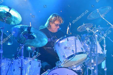 The Giants of Rock Festival, Minehead, Somerset  - The Bev Bevan Band - Bev Bevan