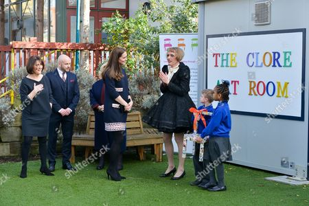 Juli Beattie, Anthony Mannix, Dame Vivien Duffield, Catherine Duchess of Cambridge and Grayson Perry