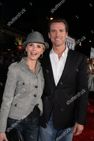 SAN FRANCISCO, CA - OCTOBER 28: Jennifer Newsom and San Francisco Mayor Gavin Newsom at Focus Features World Premiere of 'MILK' on October 28, 2008 at the Castro Theatre in San Francisco, CA. (Photo by Eric Charbonneau/Le Studio/Wireimage)