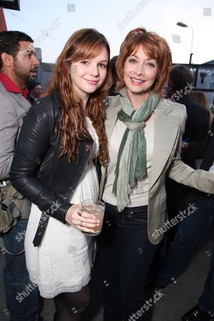 SANTA MONICA, CA - JUNE 10: Amber Tamblin and Sharon Lawrence at Grey Goose partners With The Young Literati's 3rd Annual Toast on June 10, 2010 at Santa Monica Museum of Art in Santa Monica, California.