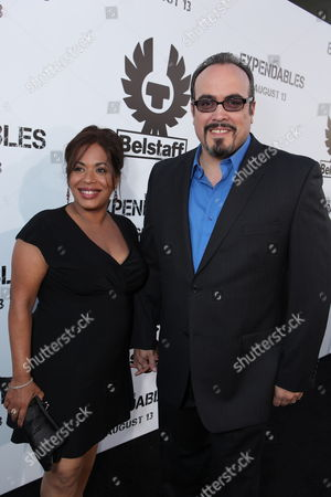 HOLLYWOOD, CA - AUGUST 03: Liza Colon-Zayas and David Zayas at Lionsgate's World Premiere of 'THE EXPENDABLES' sponsored by Belstaff on August 03, 2010 at Grauman's Chinese Theatre in Hollywood, California.