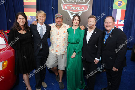 HOLLYWOOD, CA - JUNE 18: Producer Denise Ream, Owen Wilson, Larry the Cable Guy, Emily Mortimer, Eddie Izzard, and Director John Lasseter at The World Premiere of Disney/Pixar's 'Cars 2' at the El Capitan Theatre on June 18, 2011 in Hollywood, California. Denise Ream Owen Wilson Larry the Cable Guy Emily Mortimer Eddie Izzard John Lasseter