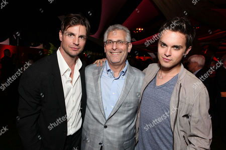BEVERLY HILLS, CA - AUGUST 03: Gale Harold, The CW's Mark Pedowitz, and Thomas Dekker at The CW 2011 Summer TCA Party at The Pagoda on August 3, 2011 in Beverly Hills, California. Gale Harold Mark Pedowitz Thomas Dekker