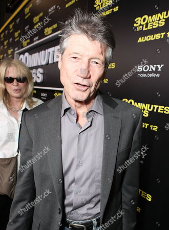 HOLLYWOOD, CA - AUGUST 08: Fred Ward at Columbia Pictures World Premiere of '30 Minutes Or Less' at Grauman's Chinese Theatre on August 8, 2011 in Hollywood, California. Fred Ward