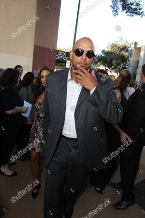 OAKLAND, CA - SEPTEMBER 19: David Justice at Columbia Pictures Premiere of 'Moneyball' to Benefit the Fight Against Cancer with Children's Hospital & Research Center in Oakland and Stand Up to Cancer at the Paramount Theatre of the Arts on September 19, 2011 in Oakland, California. David Justice