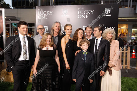 HOLLYWOOD, CA - APRIL 16: (L-R) Jay R. Ferguson, Producer Kevin McCormick, Co-Producer Kerry Heysen, Director Scott Hicks, Producer Denise Di Novi, Riley Thomas Stewart, Author Nicholas Sparks, Zac Efron and Blythe Danner at The World Premiere of Warner Bros.' 'The Lucky One' Presented by Dodge Ram at Grauman's Chinese Theatre on April 16, 2012 in Hollywood, California. (Photo by Le Studio/FilmMagic)Jay R. Ferguson Kevin McCormick Kerry Heysen Scott Hicks Denise Di Novi Riley Thomas Stewart Nicholas Sparks Zac Efron Blythe Danner