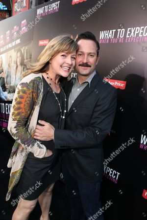 HOLLYWOOD, CA - May 14: Jenny Robertson and Thomas Lennon arrive at Lionsgate's Premiere of 'What to Expect When You're Expecting' at Graumans Chinese Theatre on May 14, 2012 in Hollywood, California.