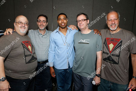 SAN DIEGO, CA - JULY 14: (L-R) Peter David, Robert Greenberger, Producer Caleeb Pinkett, Gary Whitta and Michael Friedman at Sony Pictures 'After Earth' Panel At 2012 Comic-Con Convention At 2012 Comic-Con Convention at San Diego Convention Center on July 14, 2012 in San Diego, California. Peter David Robert Greenberger Caleeb Pinkett Gary Whitta Michael Friedman