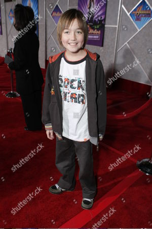 HOLLYWOOD, CALIFORNIA - JANUARY 17: Field Cate at the World Premiere of Walt Disney Pictures' 'Hannah Montana & Miley Cyrus: Best of Both World Concert' on January 17, 2008 at the El Capitan Theatre in Hollywood, CA.