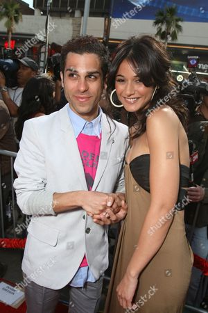 HOLLYWOOD, CA - MAY 28: Ido Mosseri and Emmanuelle Chriqui at the World Premiere of Columbia Pictures' 'You Don't Mess with the Zohan' on May 28, 2008 at Grauman's Chinese Theatre in Hollywood, CA.